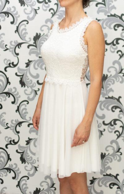 Дамска разкроена рокля с дантела - бяла 1
