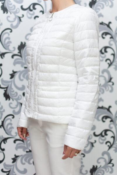 Бяло дамско яке