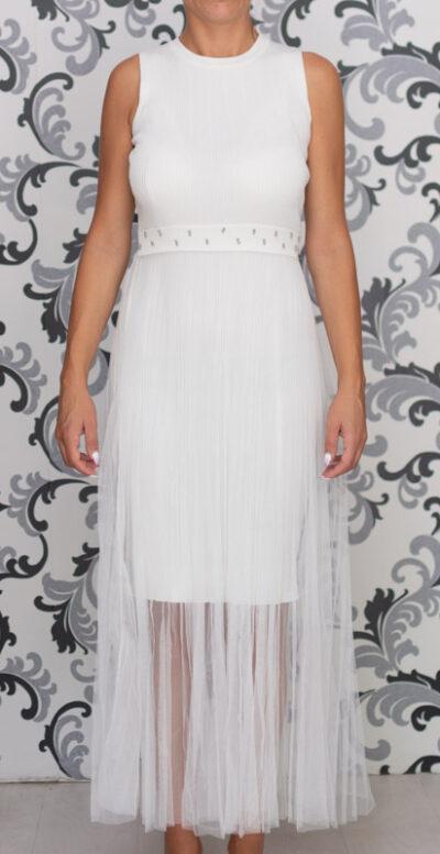 Бяла дълга плетена рокля с тюл 3