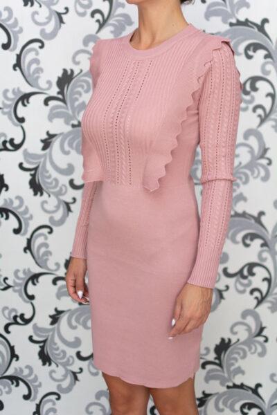 Розова плетена рокля 1
