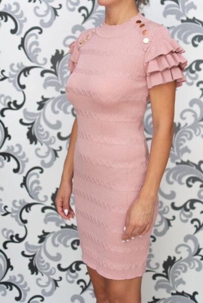 Плетена рокля с къдри на ръкава - розова 1