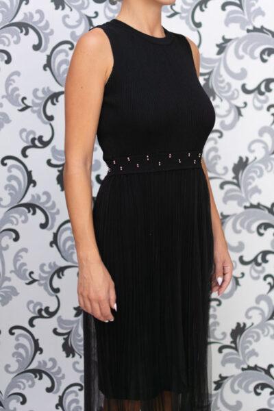 Черна дълга плетена рокля с тюл 1